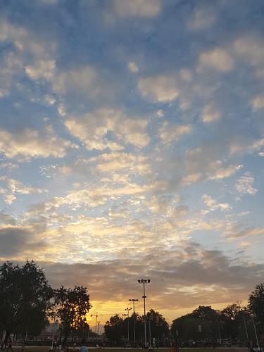 abend ac angeles angelescity asia asien centralluzon centralluzonregion cloud clouds copyright copyrighted evening heiconeumeyer himmel luzon pampanga park ph philippinen philippines region3 regioniii republicofthephilippines republikangpilipinas sky sonnenuntergang southeastasia sunset südostasien wolke wolken