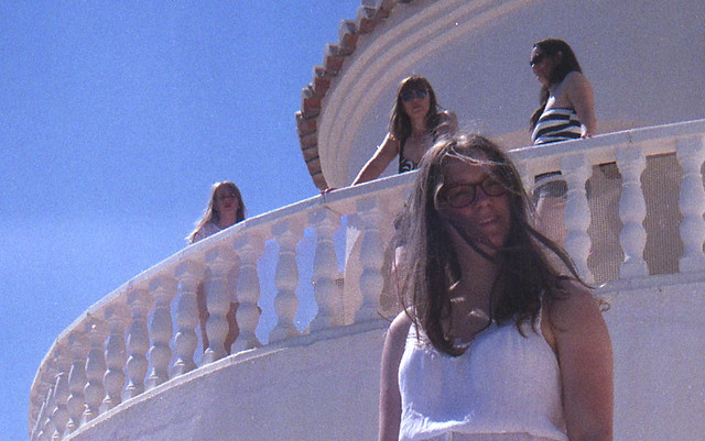 Spain 2016 - Retinette (Little Freak 2) - Jalon Valley - Becca by the Pool (Tess, Lisa and Faith up on the balcony)