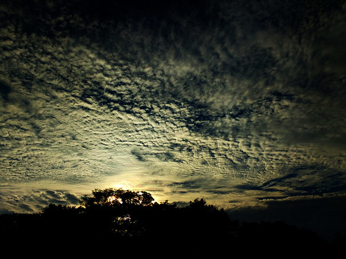 sunrise debmalyamukherjee motog3 mumbai clouds silhouette