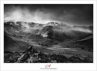 Snow_Shower_over_Langdale_Pikes