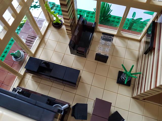 Cocoa Jungle Cottage MOC ground floor interior