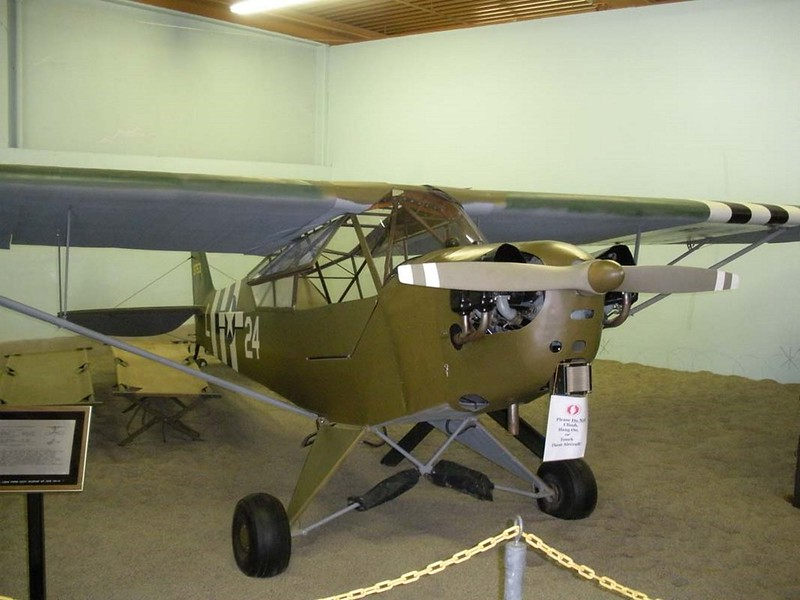 Piper L-4B Grasshopper 1