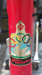 Falcon (England) bicycle head badge logo