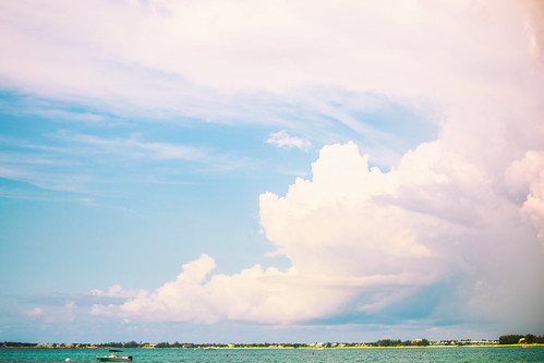 bwi carribean cayman caymanislands grandcayman hotel ritzcarlton ritzcarltongrandcayman sevenmilebeach beach clouds resort vacation ky fav10