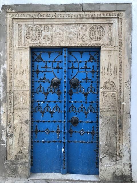 Ovimania, Ovien magia, Kaiken maailman ovia, ovi, Kairouan
