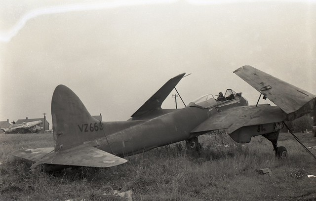 VZ663. Ex Royal Navy de Havilland Sea Hornet PR.22 - Explored