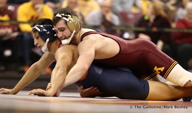 157 #13 Jake Short (Minnesota) maj. dec. Greg Gaxiola (Fresno State) 14-4 - 171210AMK0054