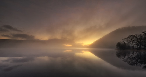 ullswater lakes lakedistrict lake colour clouds reflection trees yellow orange melvinnicholsonphotography