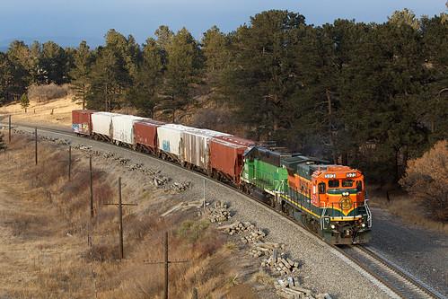 bnsf bnsf573 ge generalelectric b408 monument colorado jointline pikespeaklocal train railroad