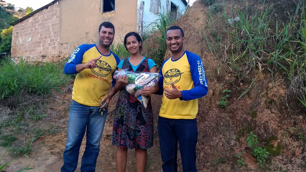 campanha de doação de alimentos dos motaxistas de itamaraju (3)