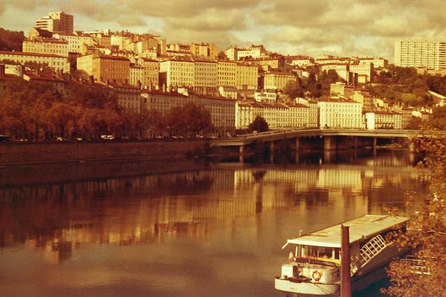 Lyon, film  Adox