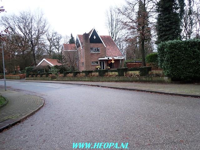 2017-12-27 Bennekomse-    Bossentocht         24 Km    (100)