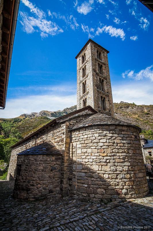 Parte trasera de Santa Eulàlia d'Erill la Vall