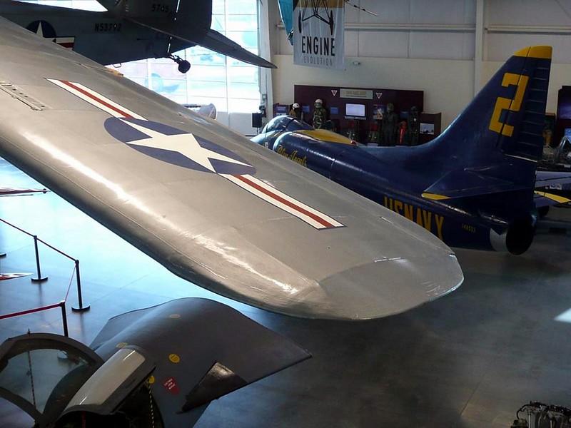 Taylorcraft L-2M Grasshoper 2