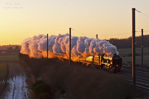 royalscot 46100 easthyde midlandmainline mml polephotography pole steam sunrise orange glint 1z44 loco train lms londonmidland