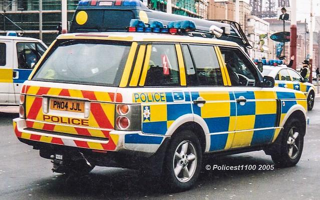 Lancashire Police Range Rover SE TD6 PN04 JJL
