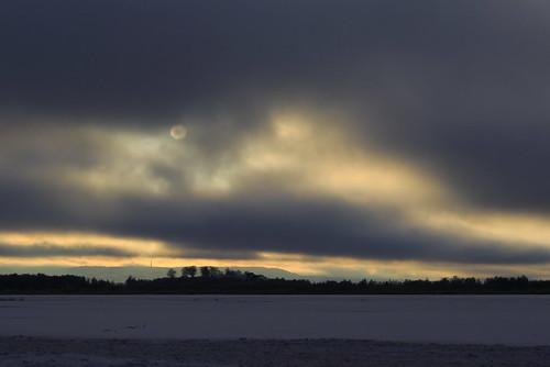 clouds moln sun sol sunlight solljus lake sjö winter vinter landscape landskap eos7dmkii ef2470mmf28l
