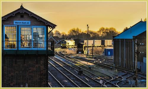 66561 class66 generalmotors freightliner intermodal freight march railway train sunrise