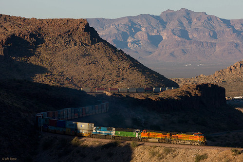 bnsf kingmancanyon railroads seligmansubdivision az arizona