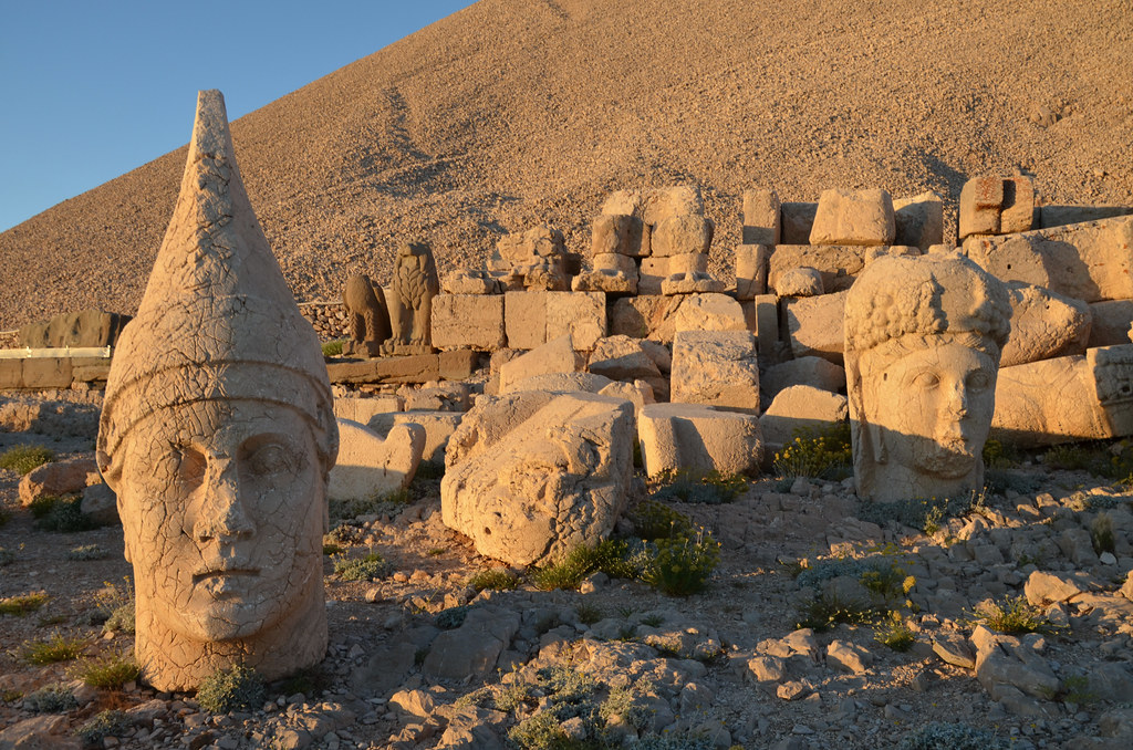 древни останки Немрут