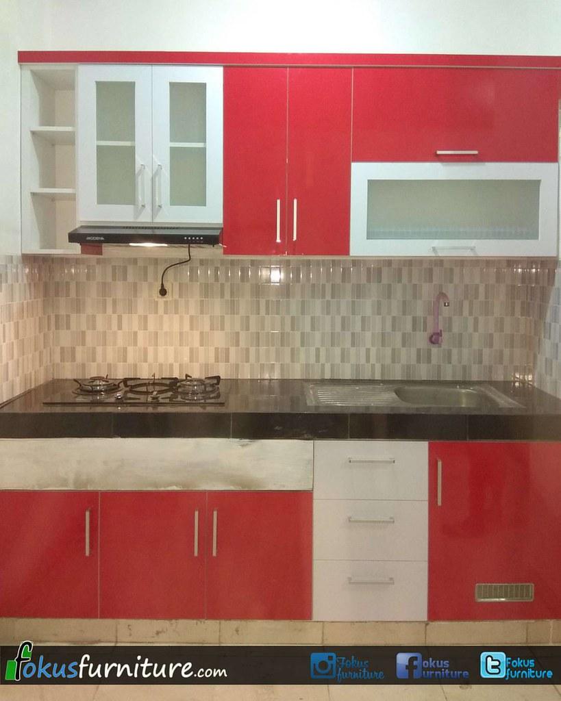 Kitchen set minimalis finishing hpl merah putih di cengkareng furniture hpl furnitureminimalis