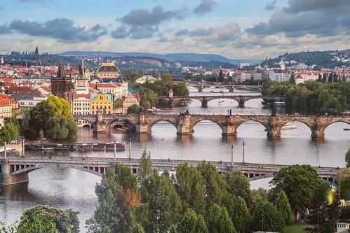 Prague by je shoots   by wearesolesisters.com