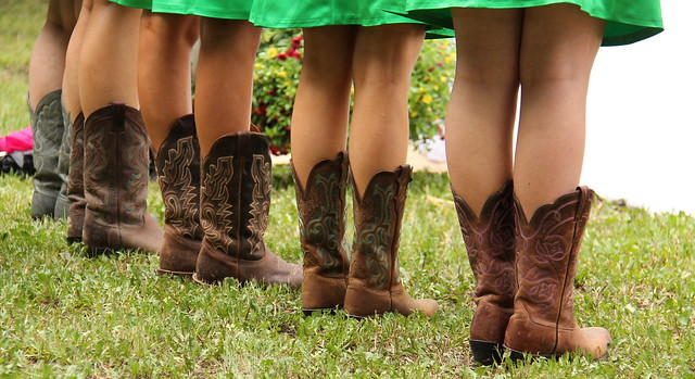 Colored cowgirls