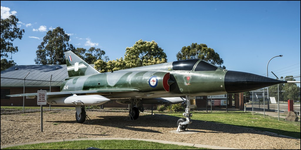 RAAF Mirage Fighter on display Wagga Wagga-1=