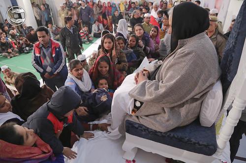 Devotees seeking blessings at Sant Nirankari Satsang Bhawan, Agar