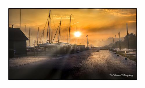 boats fog foggy ftadams newport ri sunrise boat