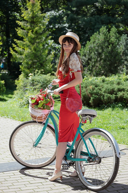 Lady on a bicycle 2017