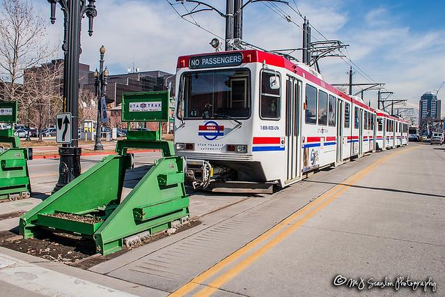 UTA 1006 | Siemens SD-100 LRV | UTA Trax