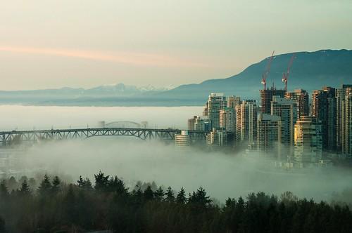 nikon nikkor vancouver britishcolumbia canada bridge granville downtown fog