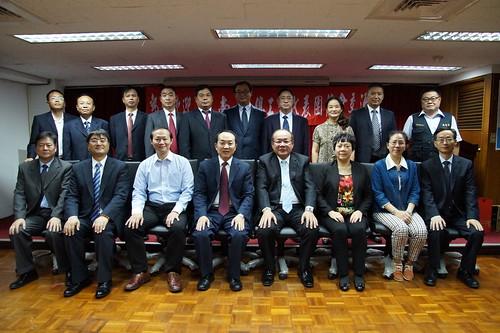 圖01莊理事長來訪之雲南省總工會幹部合影1061026