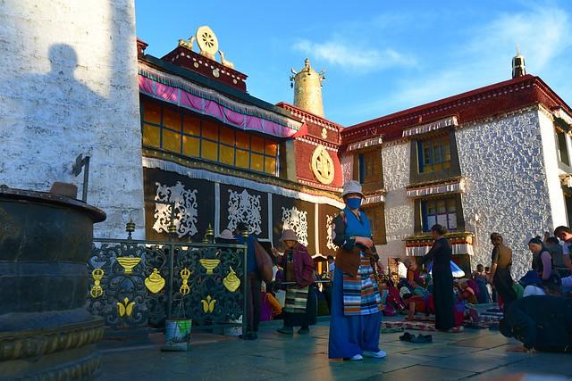 Shadow of the Sino-Tibetan treaty pillar, Tibet 2017