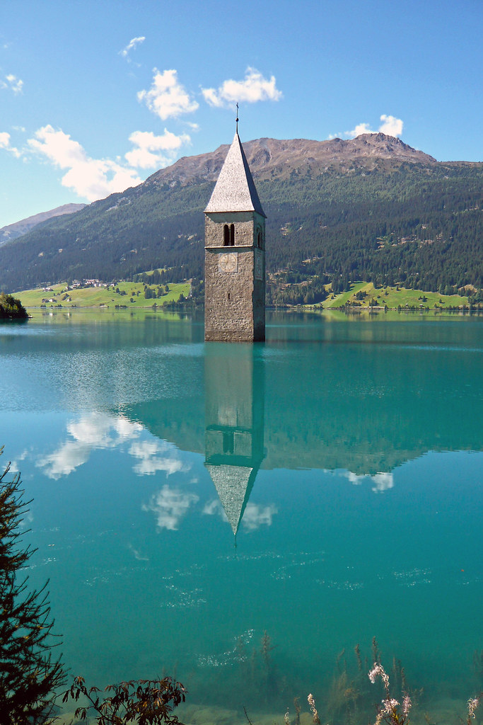 Curon Venosta / Graun im Vinschgau (Italy), Lago di Resia ...