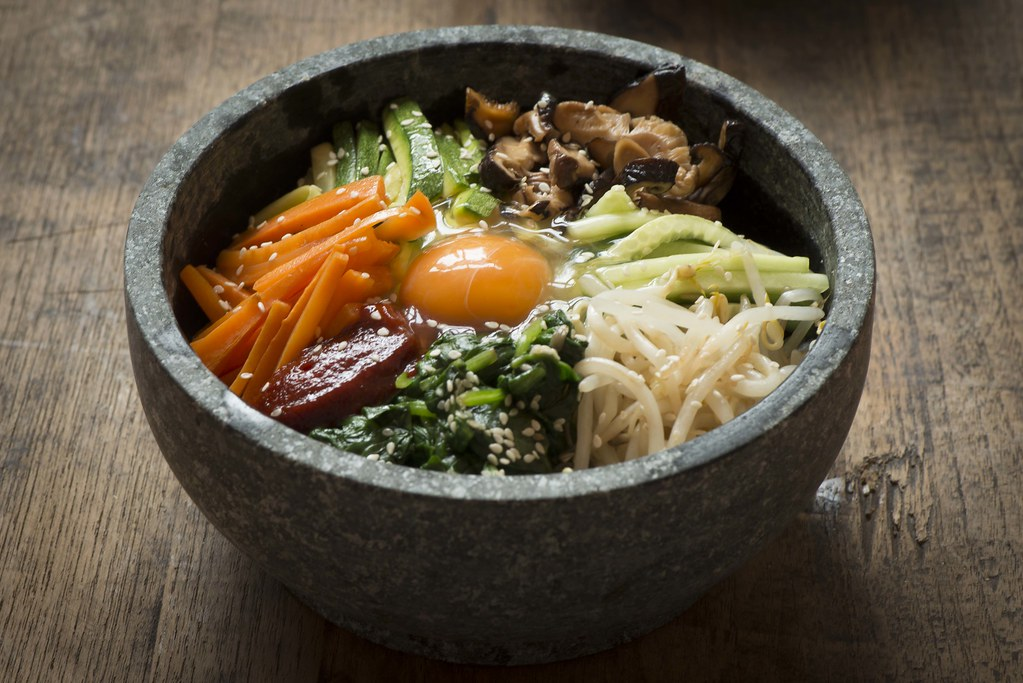 Korean Food - Dolsot Bimbimbap Recipe (Creative Commons)