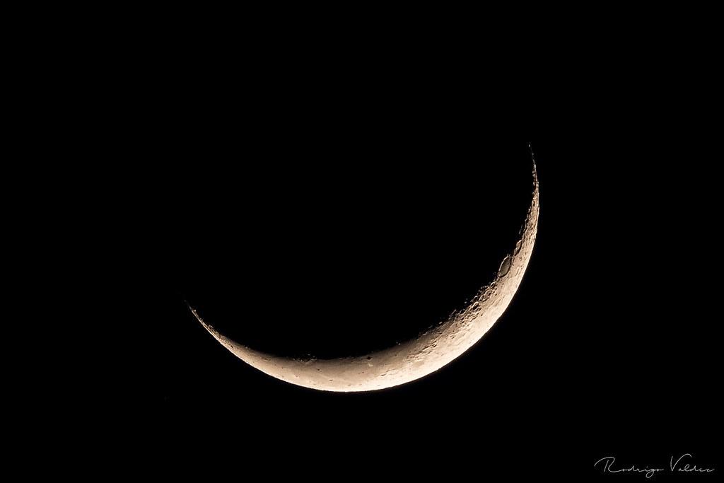 Luna - Cuarto Creciente   Rodrigo Valdez   Flickr