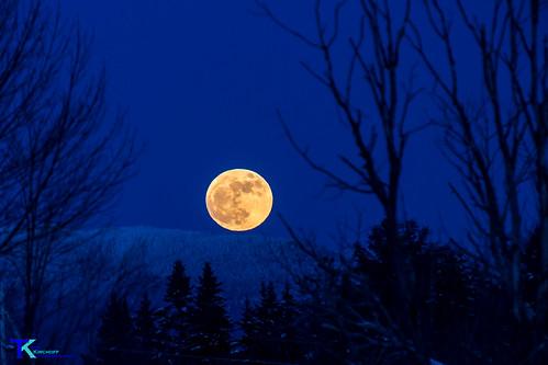Moonrise | by Tim_NEK
