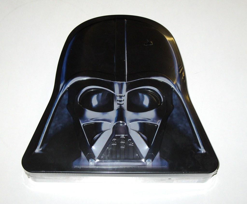 Star Wars Darth Vader Tin With 3 Original Trilogy Illustra Flickr