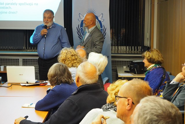 Slovakia-2017-10-05-Slovakians Discuss 400 Years That Changed the World