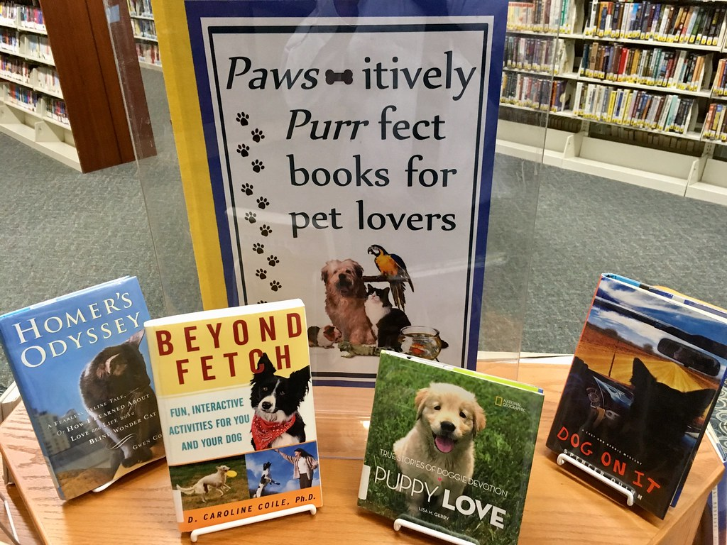 Book for Pet Lovers | Lester Public Library, Two Rivers, Wis