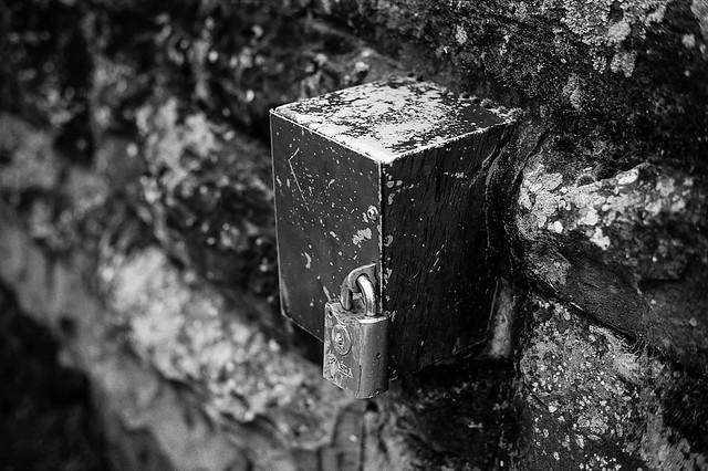 FILM - Lockbox