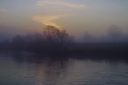 trees mist river severn banks riverbank riverside sunrise morning light clouds sky reflection silhouette shropshire