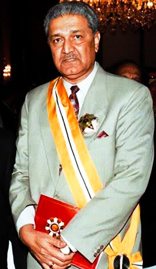 Dr. Abdul Qadeer Khan after receiving a high civil award i… | Flickr
