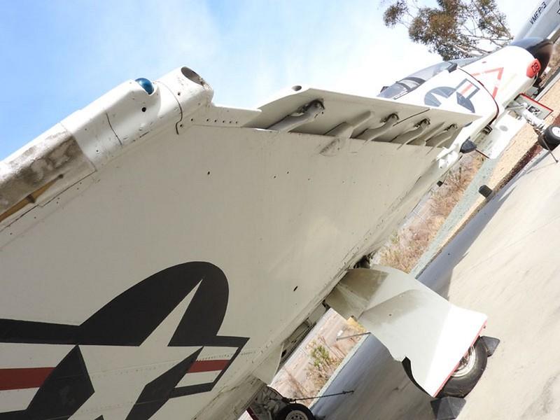 ΜακΝτόνελ Ντάγκλας F-4S Φάντασμα 5