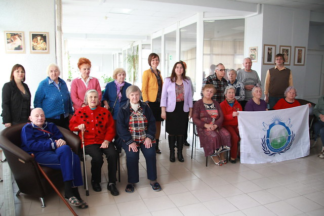 Russia-2017-12-13-UPF volunteers bring joy to Russian veterans