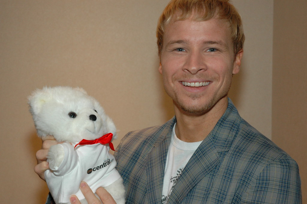 Brian Littrell just figured out the Bear 2006