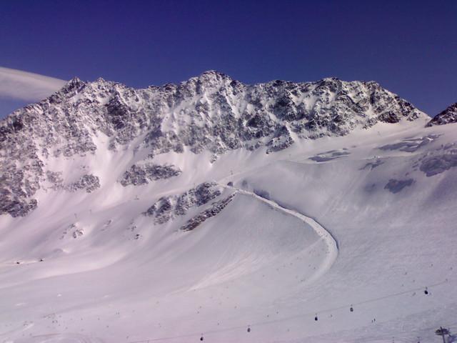 Solden skiing