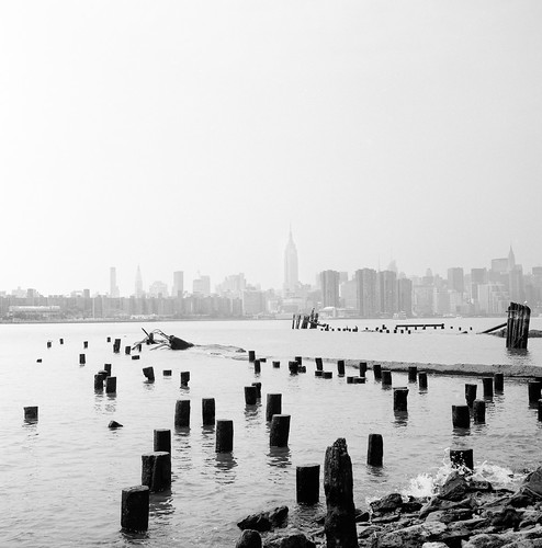 Manhattan Skyline from Williamsburg | by jev